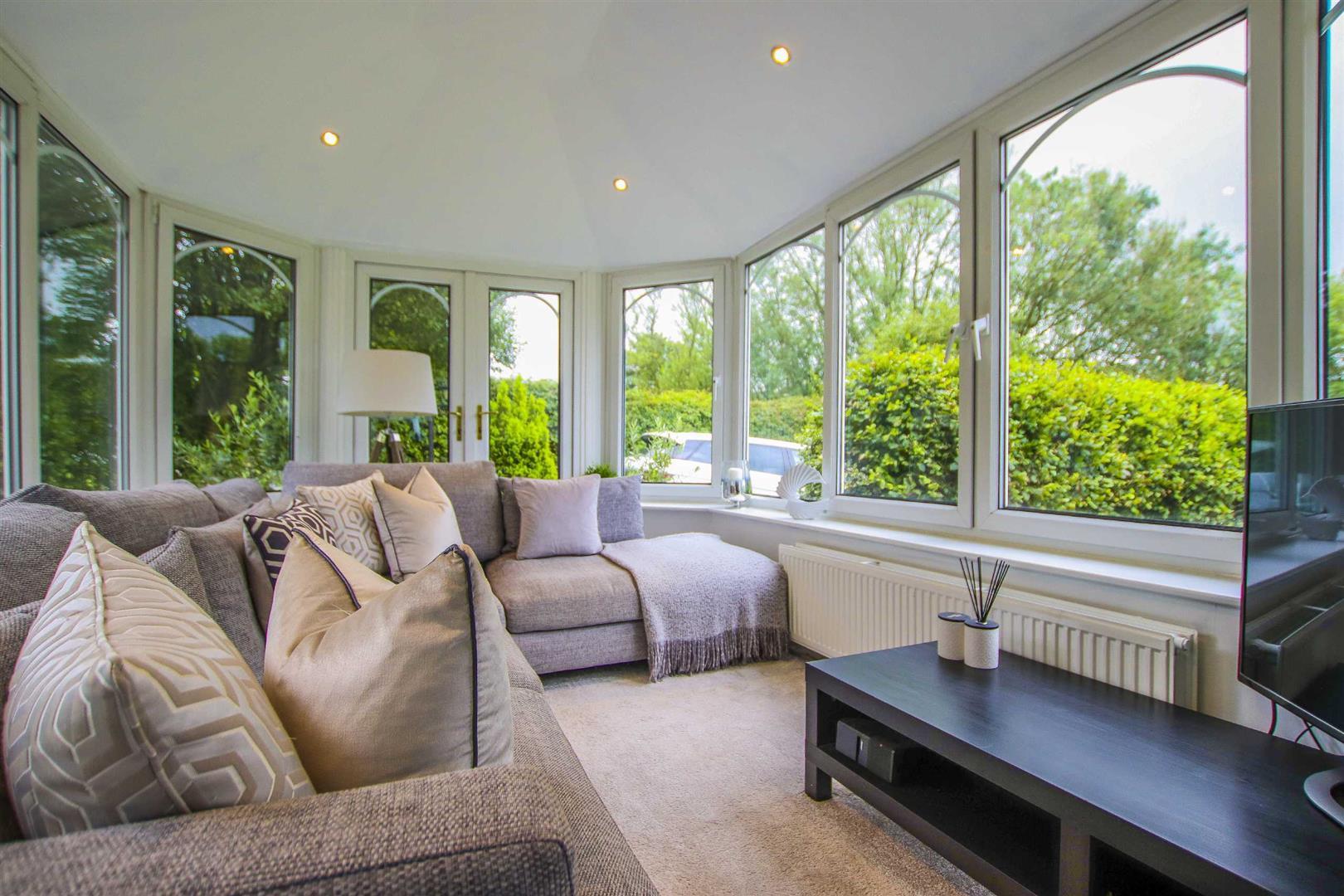 4 Bedroom Semi Detached Cottage For Sale - Image 4